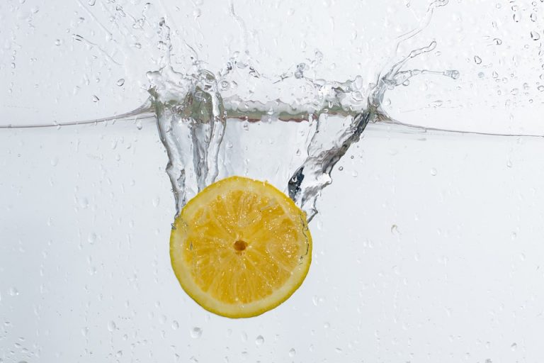 Vitamin C lowers  the level of cortisol – the stress hormone