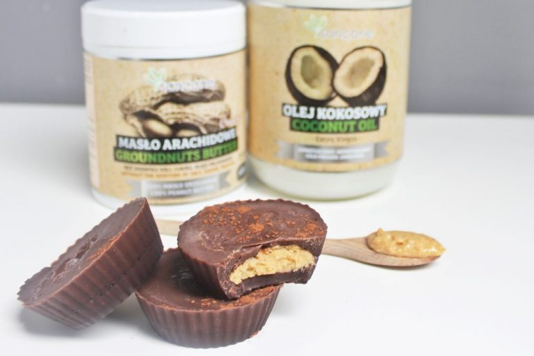 Healthy chocolates with peanut butter