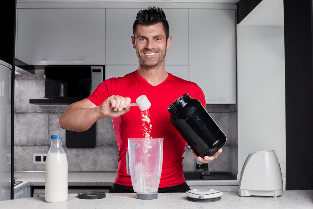 Which whey protein is your favourite one? Do you mix it with water or milk? In our redaction, we love Caramel flavour, mixed with milk and ice! Delicious!