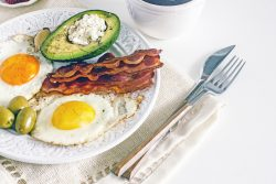 Protein-fat breakfast vs Carbohydrate breakfast