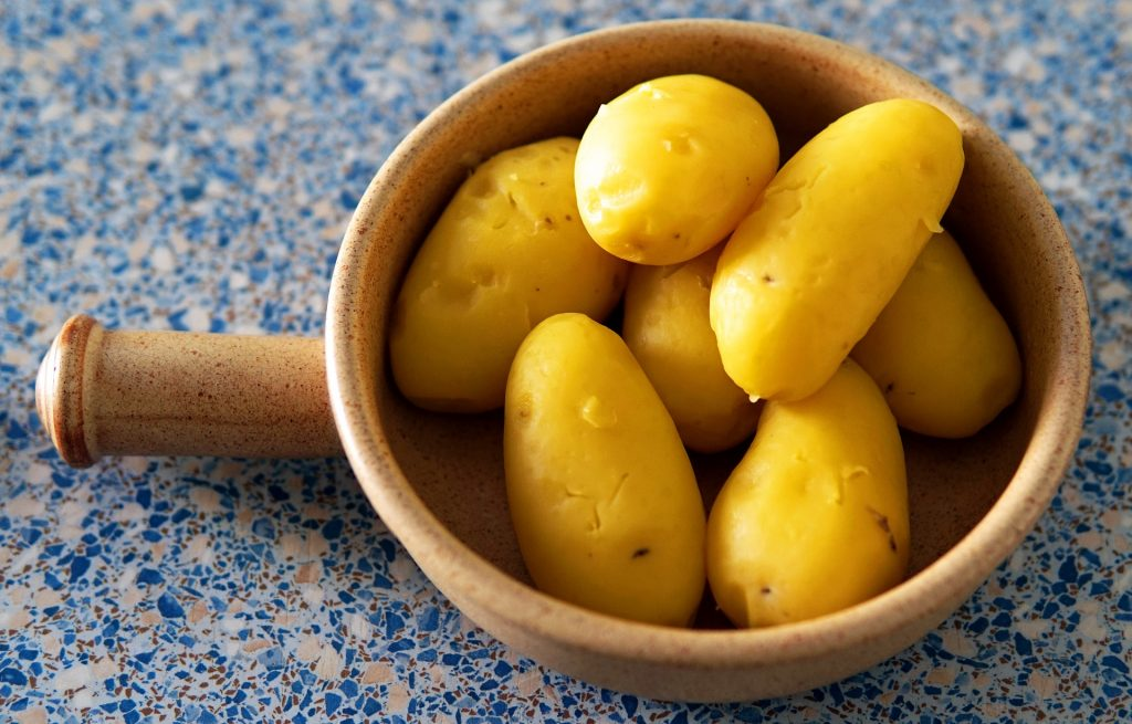 Steamed potatoes can be a great addition to any kind of dishes!
