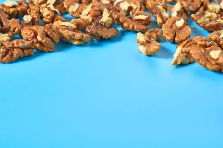 Walnuts – a healthy snack for the brain and better digestion