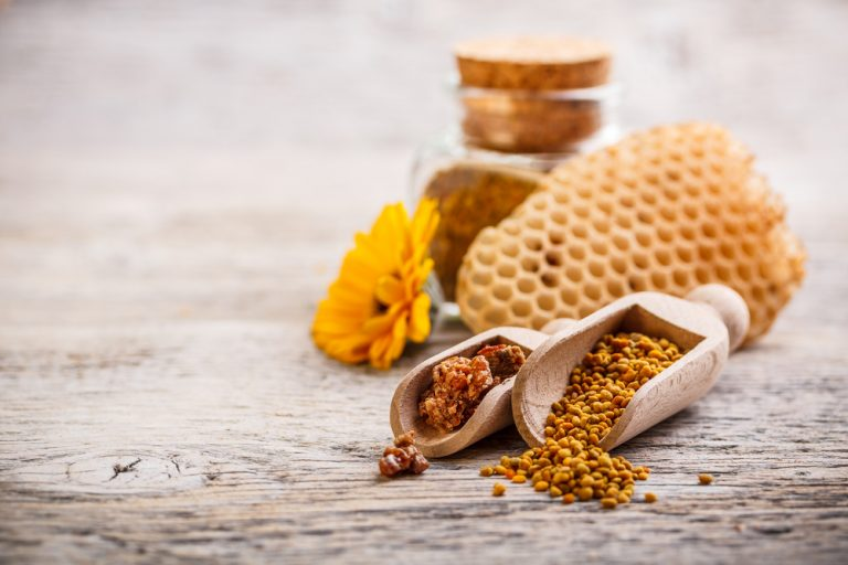 Bee pollen and putty