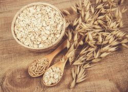 Why is it worth eating oatmeal? What is their nutritional value?